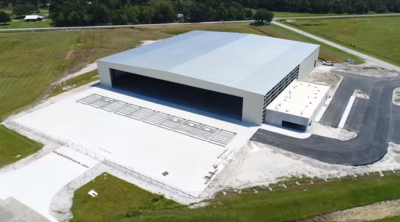 Large Rolling Hangar Doors for Keys to the World Aviation