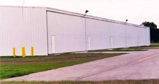 bifold_aviation_hangar_doors_vandenburg_airport