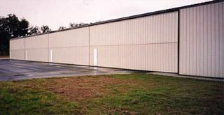 bifold_hangar_door_williston_municipal_airport