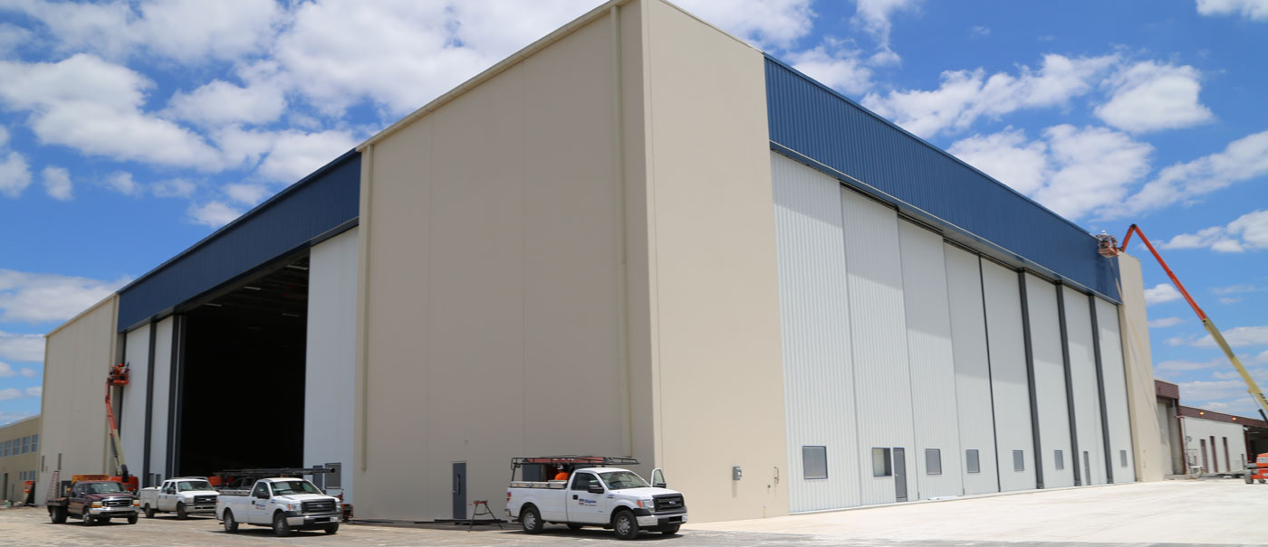 noaa hurricane hunters sliding hangar doors